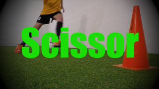 Scissor - Feints and Fakes - 1v1 Moves for U8-U9